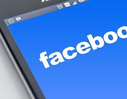 Affiliate marketing through facebook